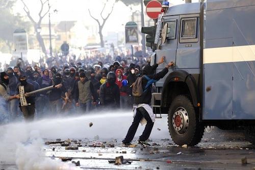 Scontri Polizia Roma