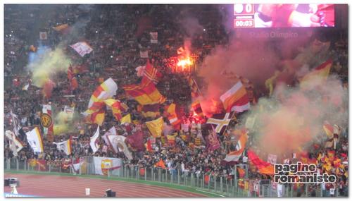 Curva_Sud_Roma_Napoli