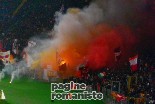 Curva_Sud_Roma2