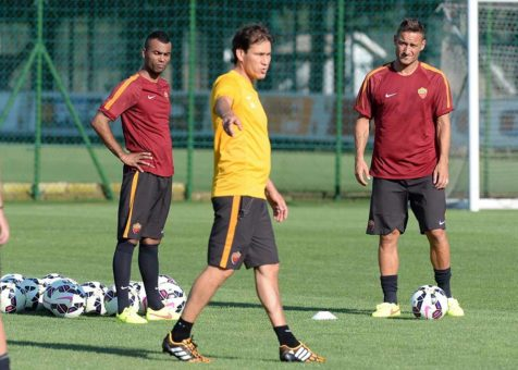 trigoria-allenamento-garcia-totti-ashley-cole