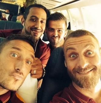 Benatia_Totti_DeRossi_Pjanic_Roma_USA