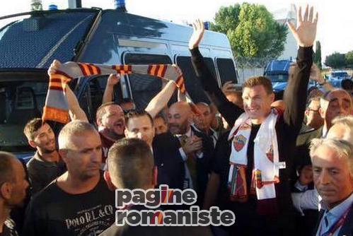Dzeko_Roma_Fiumicino