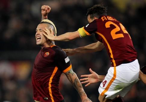 roma-inter-nainggolan gol esultanza florenzi