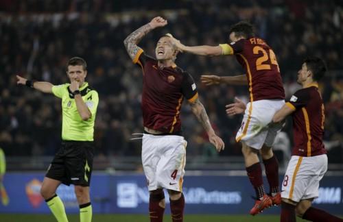 roma-inter-nainggolan florenzi perotti gol esultanza