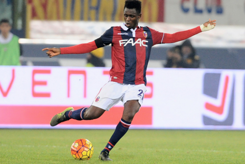 Roma, incontro col Bologna per un centrocampista