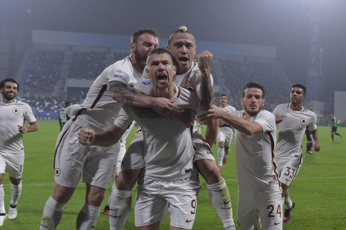 1sassuolo-roma-florenzi-emerson-palmieri-salah-de-rossi-nainggolan-dzeko-gol-esultanza
