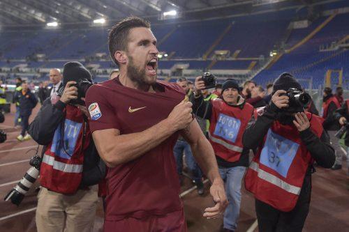 VIDEO Roma, Strootman squalificato per due turni
